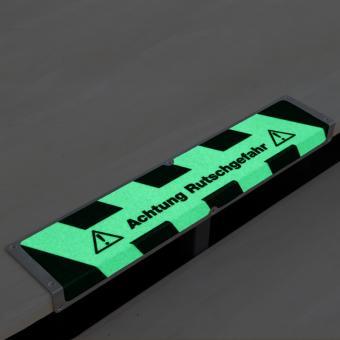 Antirutschkantenprofil Aluminium Nachleuchtend mit Text Achtung Rutschgefahr 120x635x45mm